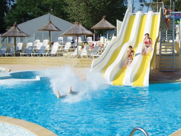 Camping en normandie avec piscine pas cher a water park for Camping avec piscine normandie