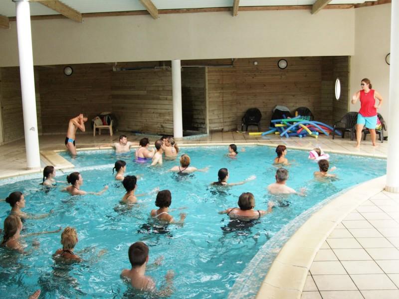 Camping les biches i mobil home lou petit prix for Prix piscine couverte chauffee construction