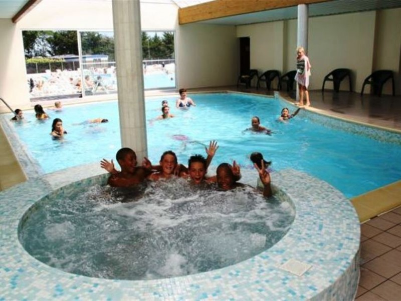 Camping zagarella i mobil home lou co t r duit for Cout piscine couverte