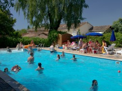 Camping vacaf gironde i allocation vacances famille for Camping gironde piscine