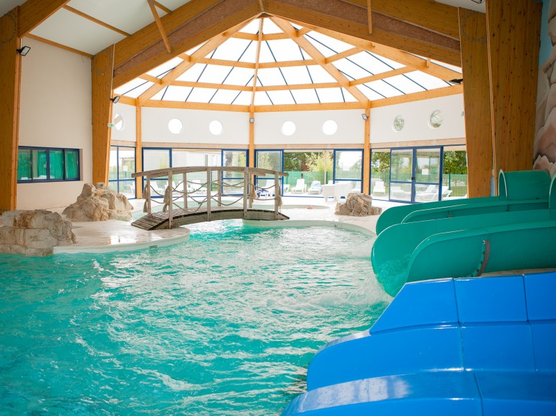 Camping les almadies i mobil home lou petit prix for Village vacances vendee avec piscine