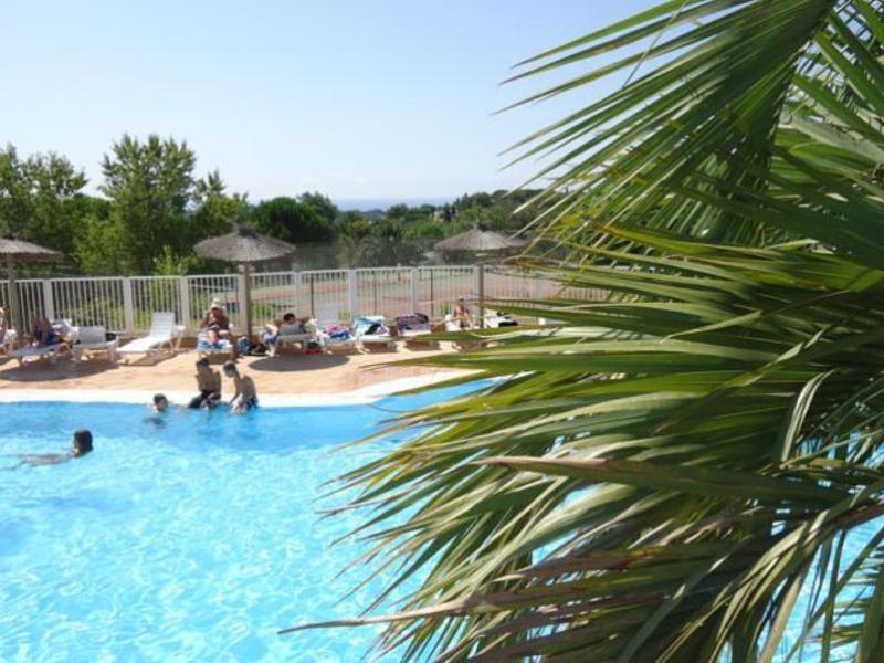 Location camping le parc des ch nes louer un camping en paca - Bassin aquatique contemporain calais ...