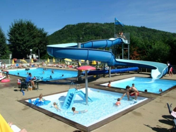 Location camping de l 39 europe louer un camping en puy de d me - Camping puy de dome avec piscine ...