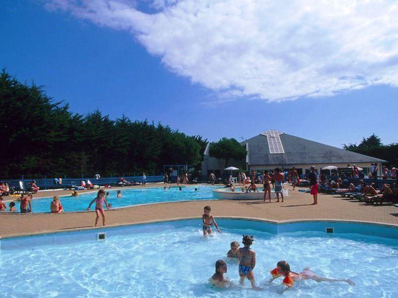Location camping bois d 39 amour louer un camping en morbihan for Camping piscine quiberon
