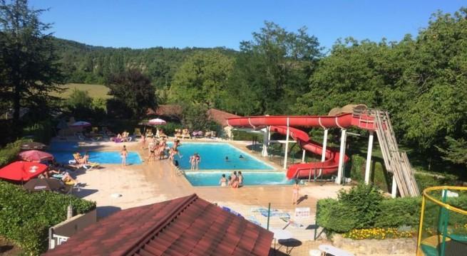 Location camping le c ou louer un camping en dordogne for Camping dordogne avec piscine pas cher