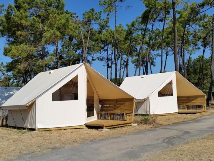 Tente sans sanitaires 2 chambres 4 personnes for Tente 4 personnes 2 chambres