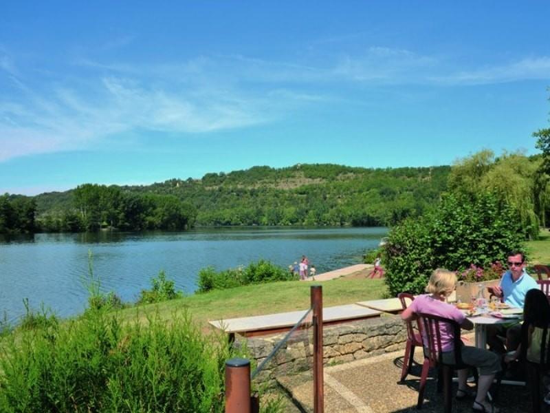Location camping tr molat louer un camping pas cher - Bassin aquatique contemporain calais ...