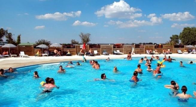 Camping super besse avec piscine nouveaux mod les de maison for Super besse piscine